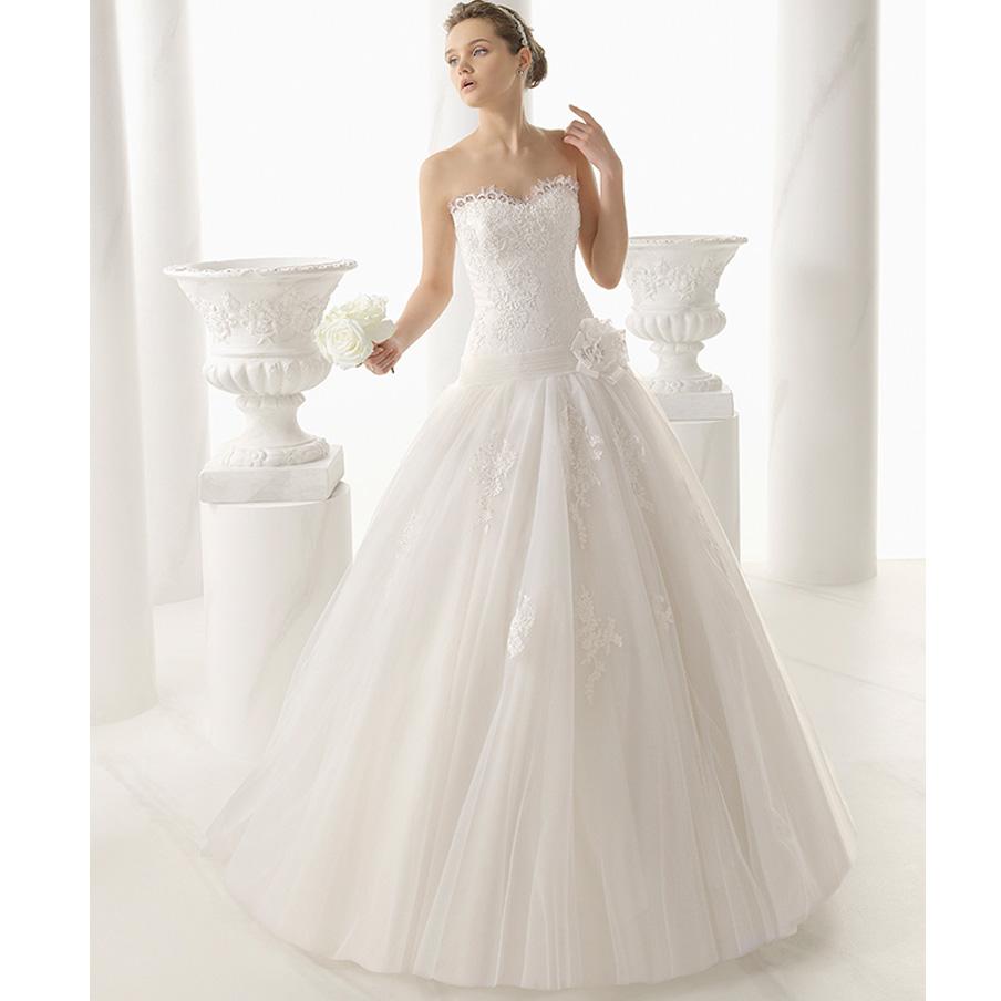 modelo Natacha Alma Novia, comprar vestido de novia Alma Novia Barcelona, colección Alma Novia de Rosa Clarà