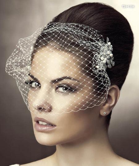 tocados para novia con redecilla, tocados para novia, tocados para novia Pronovias, tocados novia originales