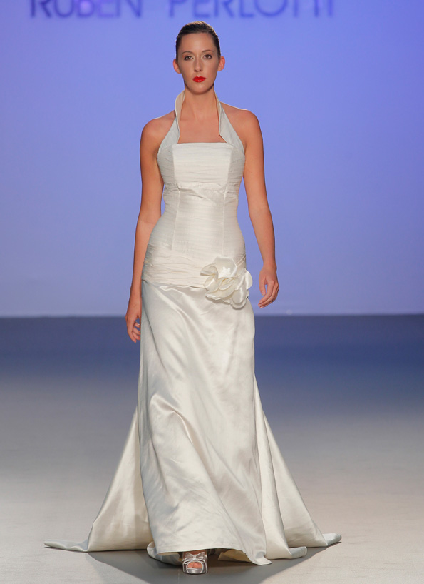 Modelo Délfida | colección Evita Love & Glory de Ruben Perlotti